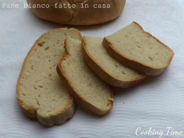 Pane bianco fatto in casa